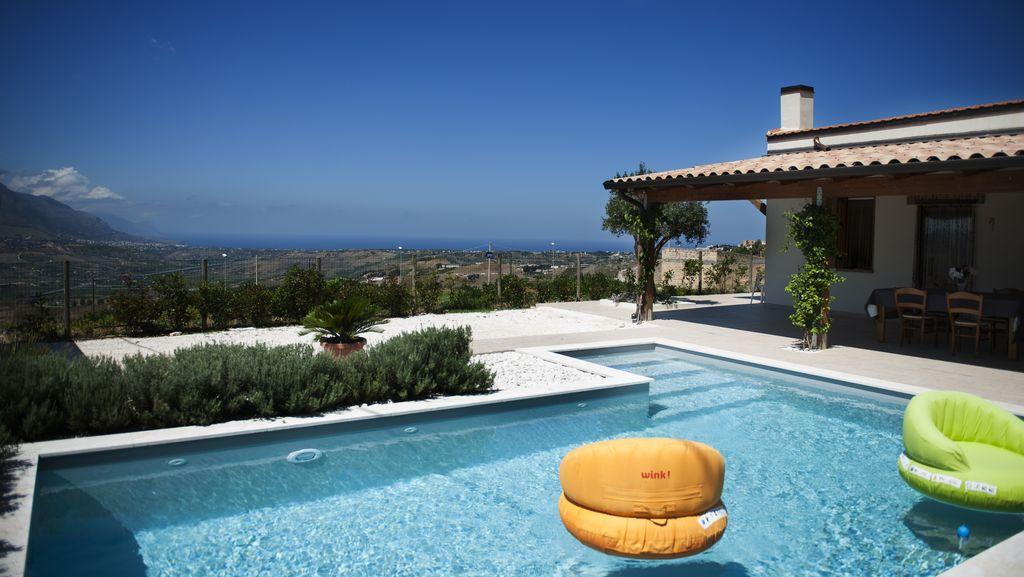 Manutenzione ordinaria della piscina le regole per una pulizia efficace idee preventivo amico - Manutenzione ordinaria casa ...